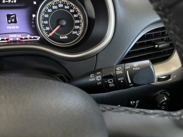 リミテッド 4WD Bカメラ 障害物センサー クルコン ETC ナビ シートヒーター 本革シート HIDライト 横滑り防止 フォグ(44枚目)