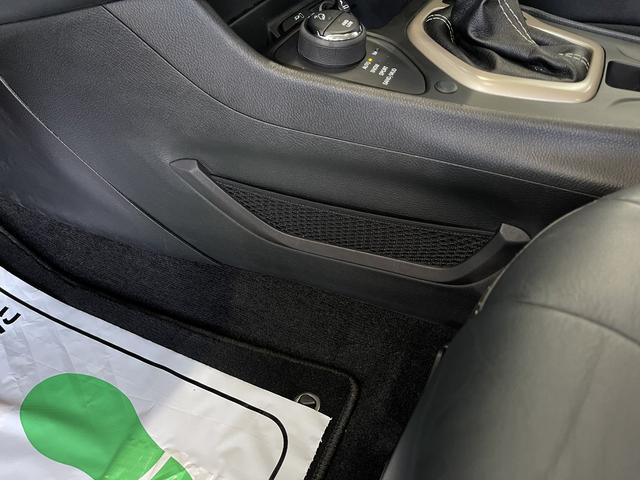 リミテッド 4WD Bカメラ 障害物センサー クルコン ETC ナビ シートヒーター 本革シート HIDライト 横滑り防止 フォグ(47枚目)