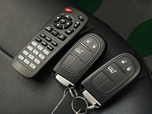 リミテッド 4WD Bカメラ 障害物センサー クルコン ETC ナビ シートヒーター 本革シート HIDライト 横滑り防止 フォグ(62枚目)