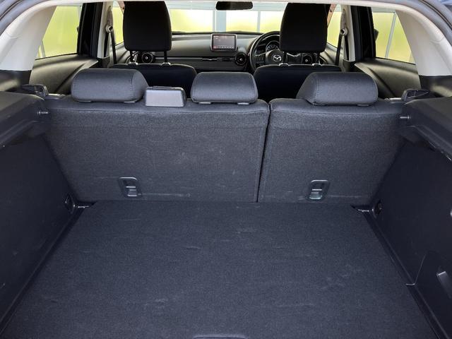 XD 4WD マツダコネクトナビ バックカメラ LEDヘッドライト アイドリングSTOP 横滑り防止 純正アルミホイール(22枚目)