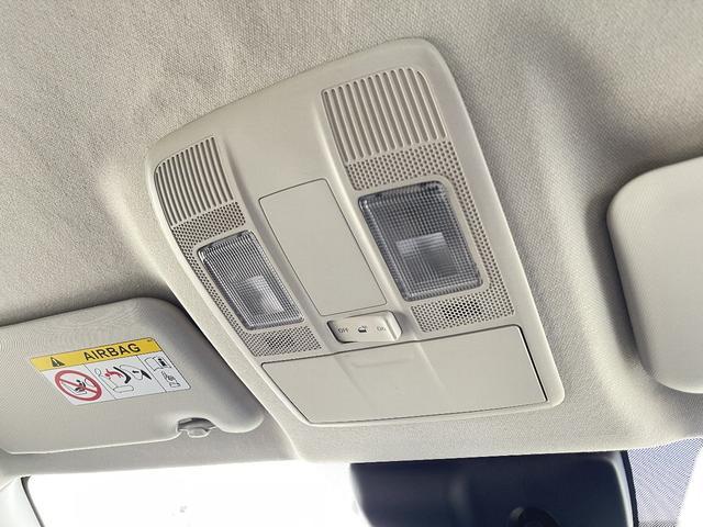 XD 4WD マツダコネクトナビ バックカメラ LEDヘッドライト アイドリングSTOP 横滑り防止 純正アルミホイール(28枚目)