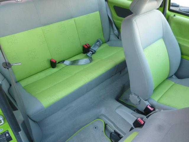 フォルクスワーゲン VW ルポ ベースグレード 社外アルミ スタッドレス積込
