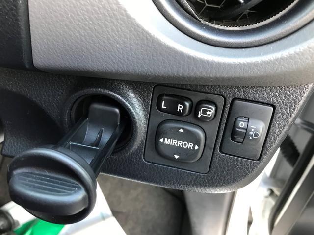 トヨタ ヴィッツ F 4WD レンタアップ 寒冷地仕様