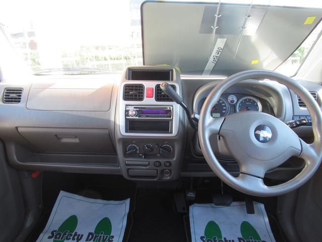 Vセレクション 4WD ワンオーナー CDオーディオ ABS(6枚目)
