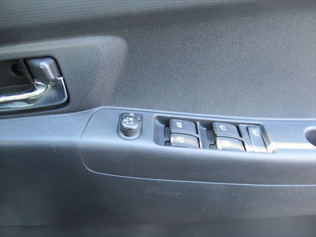 カスタム X4WD ABS HID キーフリー タコメーター(17枚目)