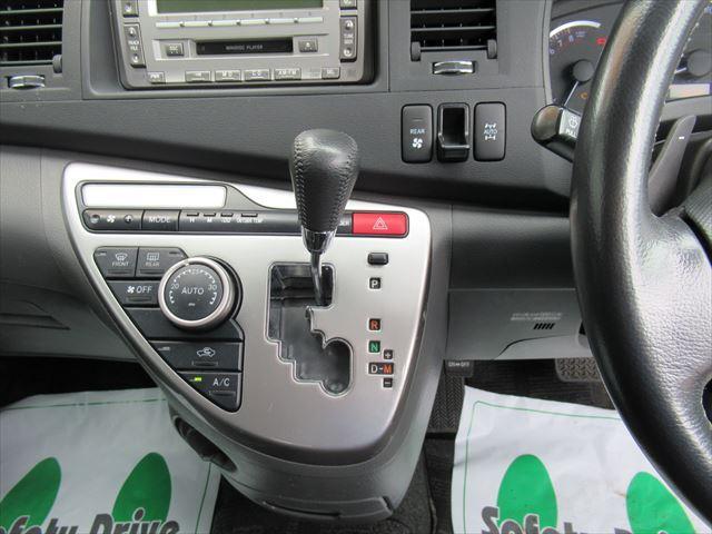 プラタナ 4WD Pスライドドア Rヒーター 社外アルミ(10枚目)