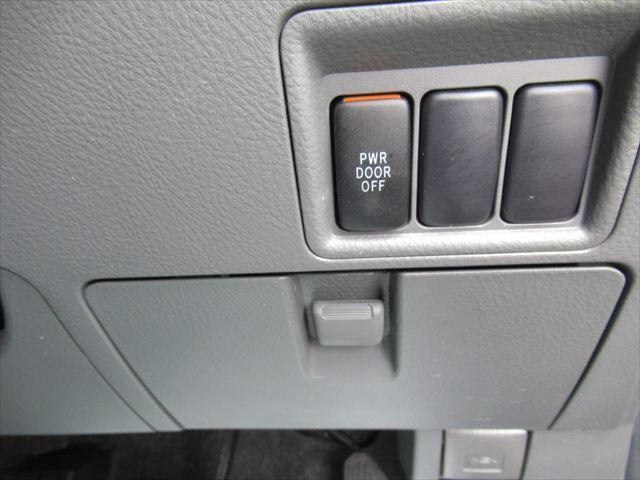 プラタナ 4WD Pスライドドア Rヒーター 社外アルミ(15枚目)
