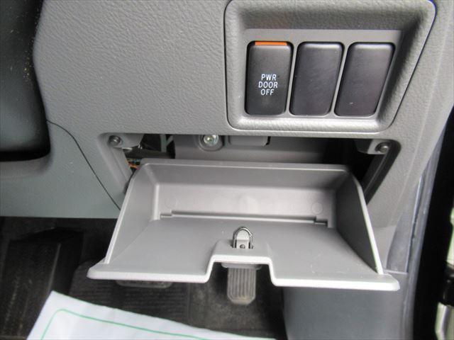 プラタナ 4WD Pスライドドア Rヒーター 社外アルミ(16枚目)