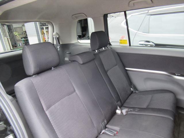 プラタナ 4WD Pスライドドア Rヒーター 社外アルミ(18枚目)
