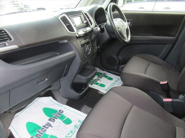 S 4WD Bモニター付きCD HID 両側Pスライドドア(7枚目)