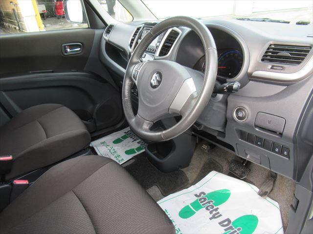 S 4WD Bモニター付きCD HID 両側Pスライドドア(8枚目)