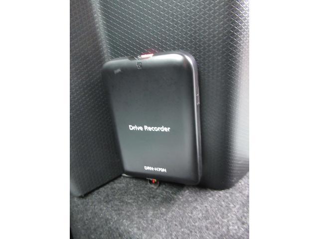 カスタムX 4WD ETC LEDライト エンジンスターター プッシュスタート 純正ナビ・TV ドライブレコーダー 左右パワースライドドア シートヒーター スマートアシスト ハーフレザーシート オートハイビーム(18枚目)