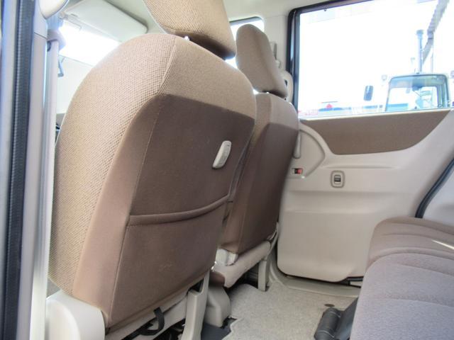 リミテッドII 4WD ABS 社外ナビ 社外エンジンスターター 両側パワースライドドア プッシュスタート スマートキー ディスチャージ 社外アルミ ユーザー買取 シートヒーター(27枚目)