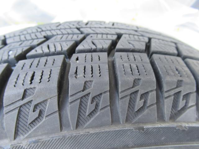 カスタム RS ハイパーSAII 4WD ABS キーレス アイドリングストップ スマートアシスト 横滑防止 衝突安全 純正オーディオ 冬タイヤ積込(24枚目)