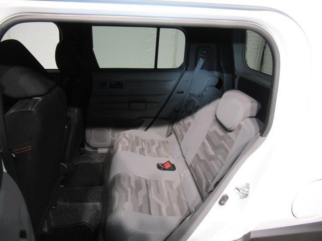 G サンルーフ 4WD 衝突被害軽減システム LEDヘッドランプ ワンオーナー アイドリングストップ(14枚目)