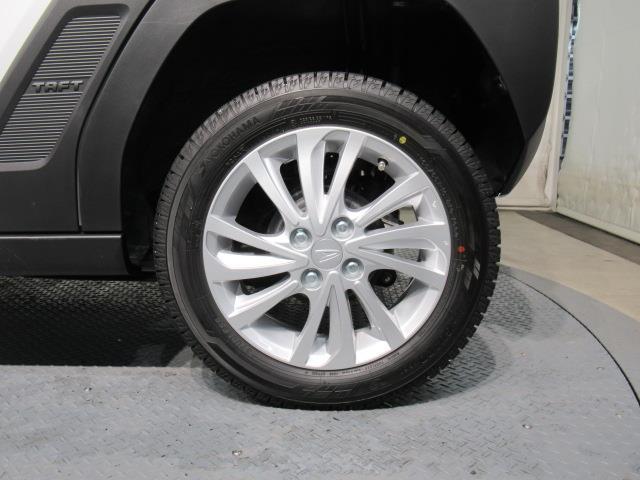 G サンルーフ 4WD 衝突被害軽減システム LEDヘッドランプ ワンオーナー アイドリングストップ(17枚目)