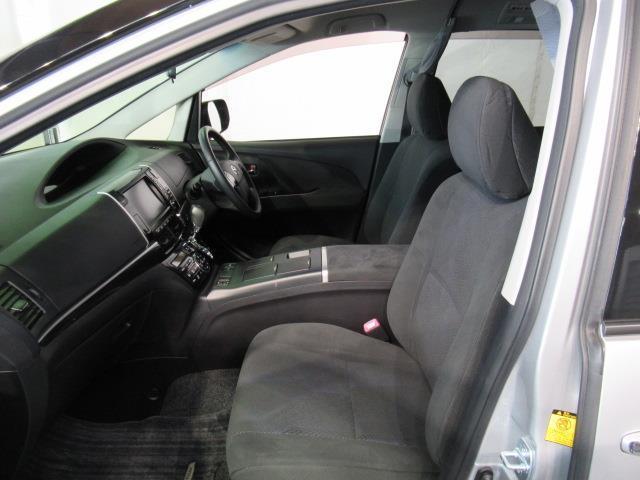アエラス サイドリフト 福祉車両 4WD フルセグ HDDナビ DVD再生 ミュージックプレイヤー接続可 バックカメラ ETC 両側電動スライド 乗車定員7人 3列シート アイドリングストップ(12枚目)