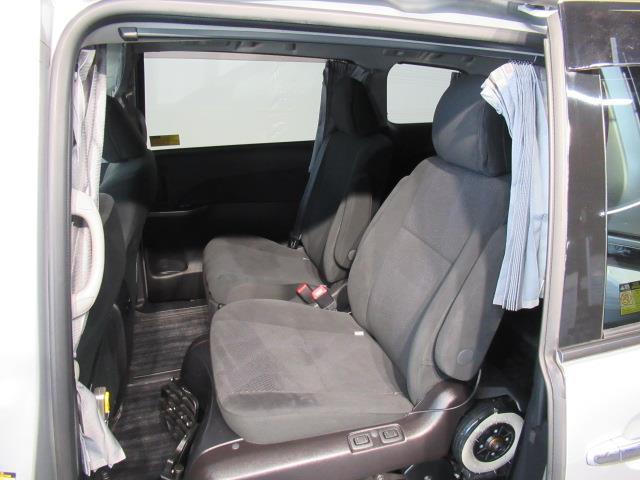 アエラス サイドリフト 福祉車両 4WD フルセグ HDDナビ DVD再生 ミュージックプレイヤー接続可 バックカメラ ETC 両側電動スライド 乗車定員7人 3列シート アイドリングストップ(13枚目)
