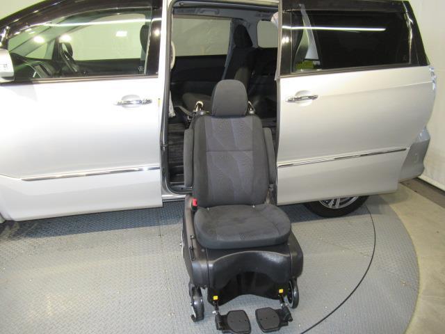アエラス サイドリフト 福祉車両 4WD フルセグ HDDナビ DVD再生 ミュージックプレイヤー接続可 バックカメラ ETC 両側電動スライド 乗車定員7人 3列シート アイドリングストップ(14枚目)