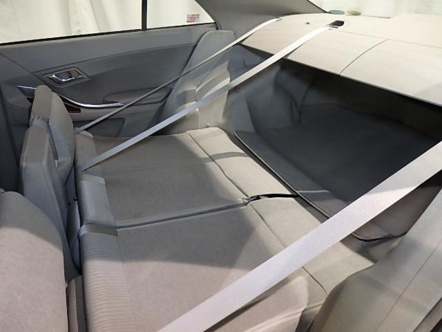 トヨタ プレミオ 1.8X Lパッケージ 4WD