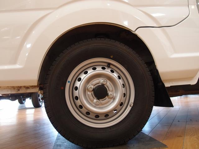 M 4WD スタッドレス 荷台マット ラジオ(4枚目)
