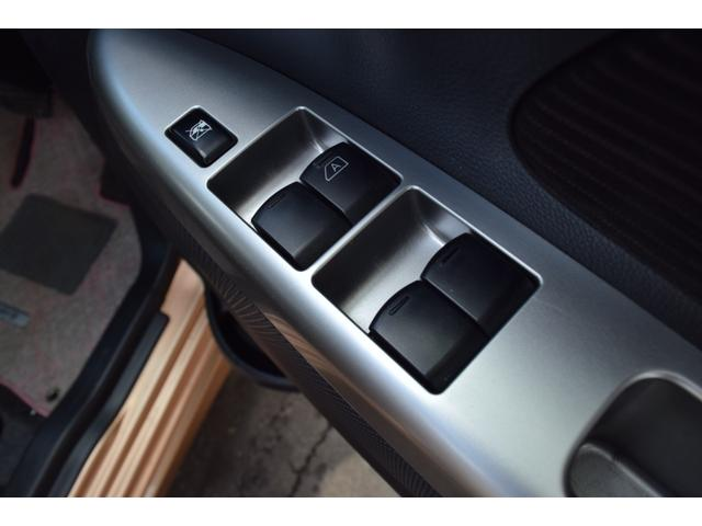 X Vセレクション+セーフティII 4WD スマートキー アイドリングストップ 衝突被害軽減ブレーキ HID メモリーナビ ワンセグ バックカメラ ドライブレコーダー(17枚目)