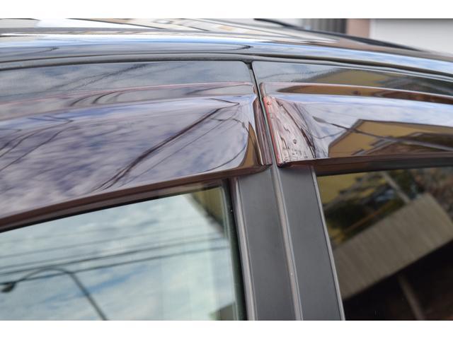 20G FOURアーバンブラックレザー 4WD メモリーナビ バックカメラ サイドカメラ DVD再生 シートヒーター サンルーフ 革シート HID オートライト(8枚目)