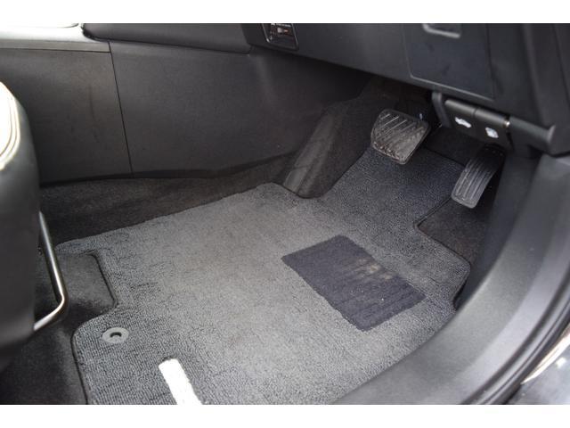 20G FOURアーバンブラックレザー 4WD メモリーナビ バックカメラ サイドカメラ DVD再生 シートヒーター サンルーフ 革シート HID オートライト(20枚目)