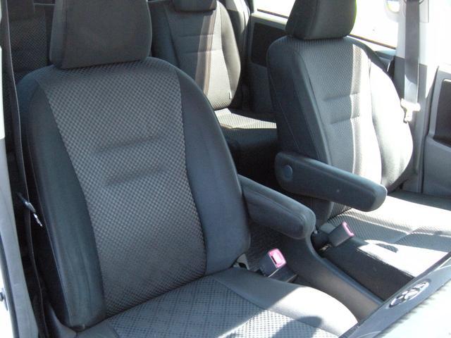 S 4WD スマートキー 両側パワスラ ナビ フリップダウン(9枚目)