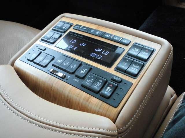 LS600hL 4WD(5枚目)
