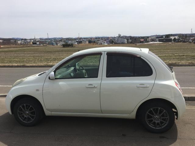 14S FOUR 4WD 地デジナビ バックカメラ 買取車(5枚目)