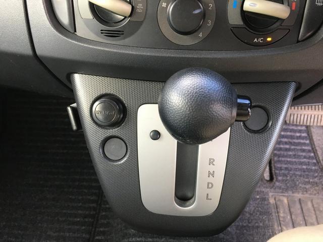 L ブラックインテリアセレクション 4WD 社外アルミホイール ETC CDプレーヤー インテリジェントキー(11枚目)