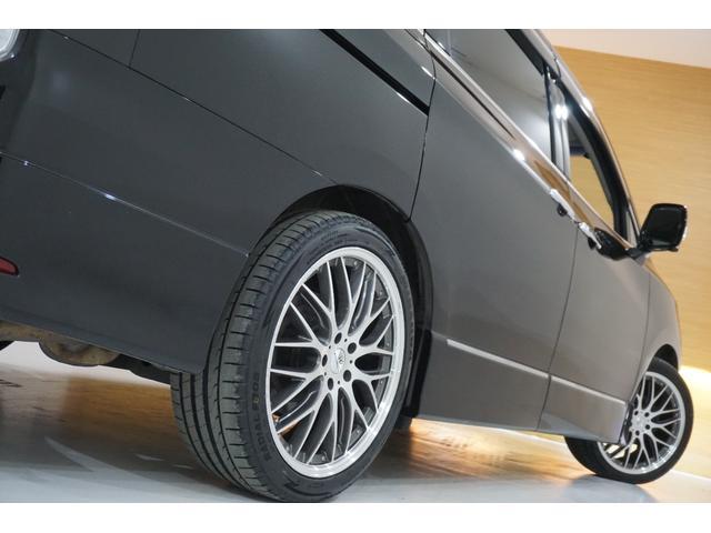 250ハイウェイスターS アーバンクロム 本州仕入れ・ロクサーニ20インチ&新品夏タイヤ・アラウンドビューモニター・メーカーナビ&フリップダウンM・ハーフエロ&LEDデイライト&社外グリル・クールBOX・7人乗り・両側自動ドア・後期モデル(8枚目)