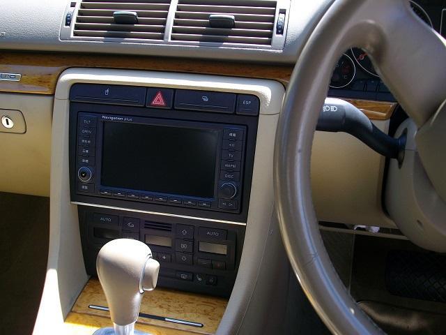 2.0TFSIクワトロ  4WD(13枚目)