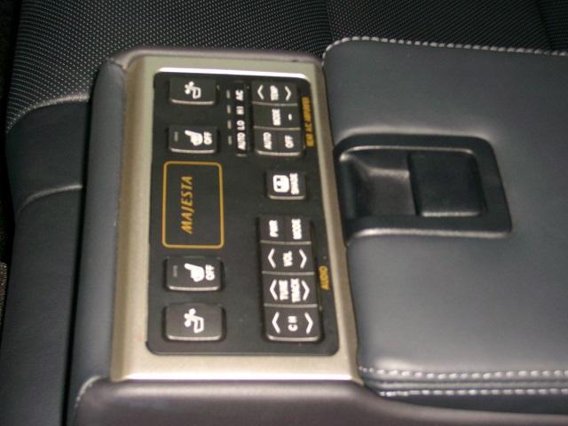 i-Four 4WD HDDマルチ 黒革エアーシート(17枚目)