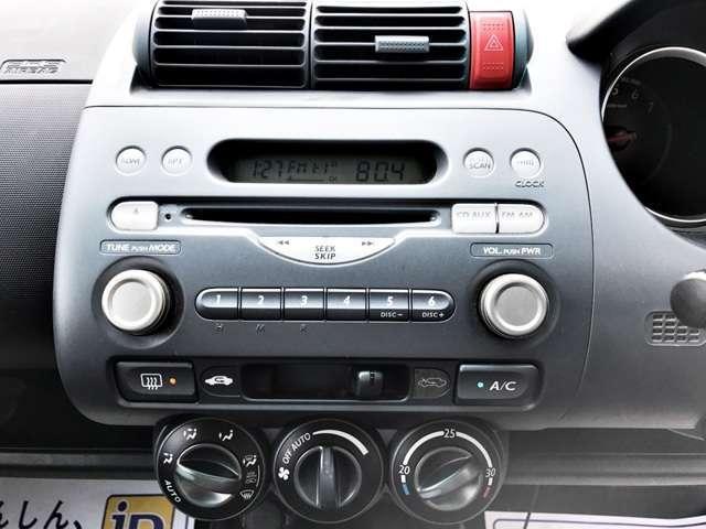 ホンダ フィット W 4WD 夏冬タイヤ付