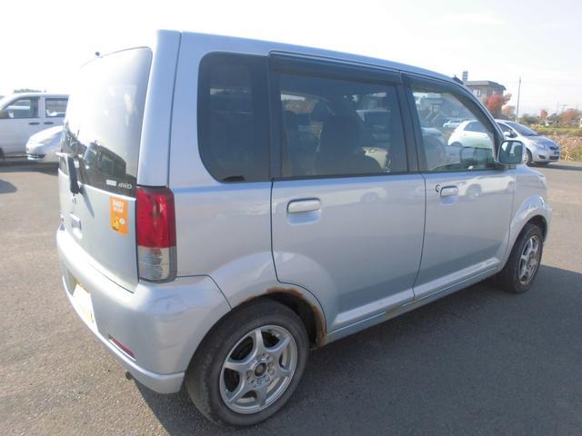 三菱 eKワゴン M 4WD