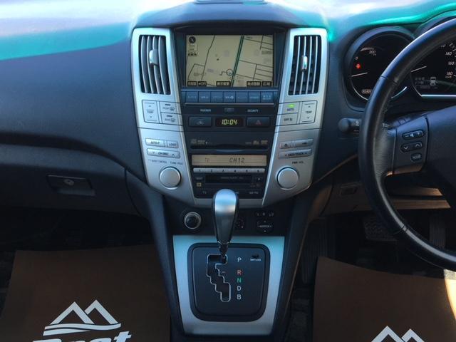 プレミアムSパッケージ 4WD ワンオーナー 黒革シート(7枚目)