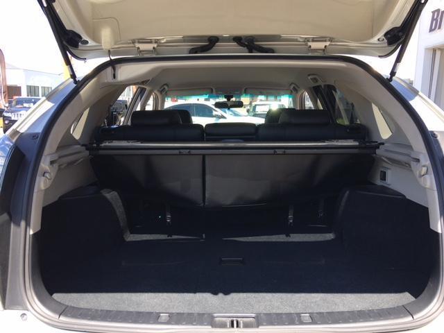 プレミアムSパッケージ 4WD ワンオーナー 黒革シート(18枚目)
