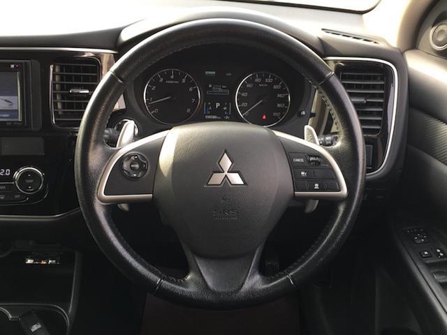 24Gセーフティパッケージ 4WD 7人乗 ケンウッドSDナビ 先行車追従オートクルーズコントロール HIDヘッドライト フォグランプ ステイアリングスイッチ アイドリングストップ パドルシフト ETC 純正エンジンスターター(5枚目)