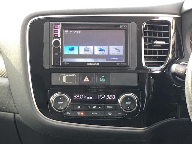 24Gセーフティパッケージ 4WD 7人乗 ケンウッドSDナビ 先行車追従オートクルーズコントロール HIDヘッドライト フォグランプ ステイアリングスイッチ アイドリングストップ パドルシフト ETC 純正エンジンスターター(20枚目)