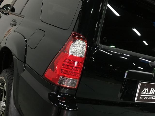 第三者自動車検査機関の「AIS」の査定師に全車両検査していただき、修復歴が無い車両のみをご案内させていただいております。もちろん、外部より入庫した車輌も同様にAISを導入いたします。