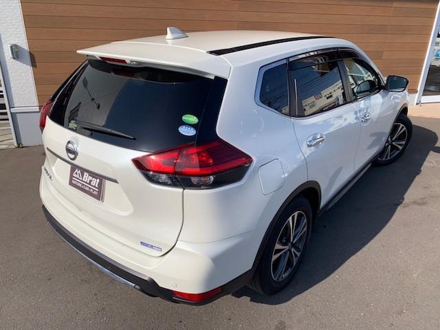 20X ストラーダSDナビ レーダーブレーキ パワーバックドア カプロンシート コムテックエンジンスターター コーナーセンサー バックカメラ ステアリングスイッチ 革巻きステアリング LEDヘッドライト(14枚目)