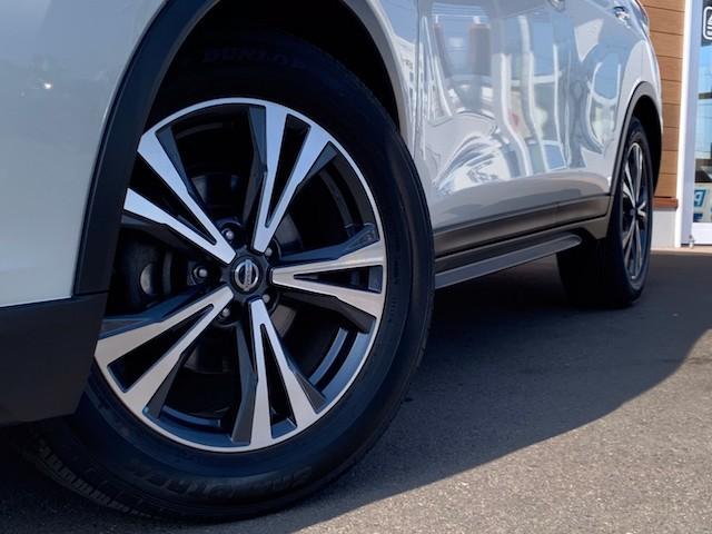 20X ストラーダSDナビ レーダーブレーキ パワーバックドア カプロンシート コムテックエンジンスターター コーナーセンサー バックカメラ ステアリングスイッチ 革巻きステアリング LEDヘッドライト(20枚目)