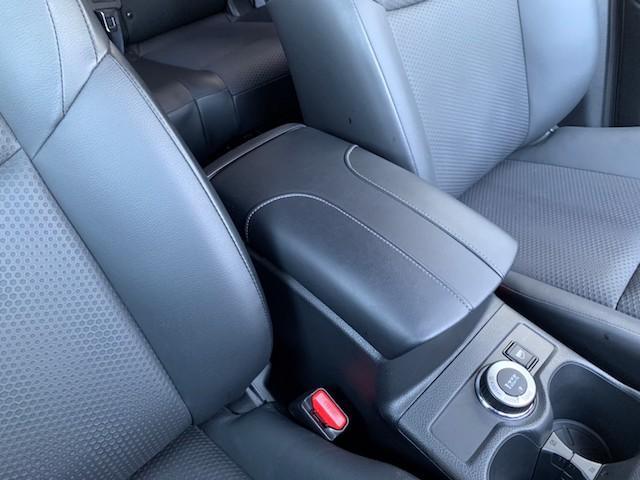 20X ストラーダSDナビ レーダーブレーキ パワーバックドア カプロンシート コムテックエンジンスターター コーナーセンサー バックカメラ ステアリングスイッチ 革巻きステアリング LEDヘッドライト(25枚目)