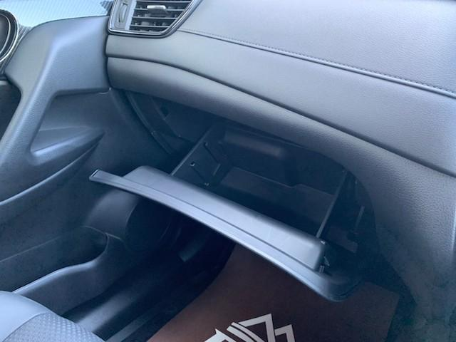 20X ストラーダSDナビ レーダーブレーキ パワーバックドア カプロンシート コムテックエンジンスターター コーナーセンサー バックカメラ ステアリングスイッチ 革巻きステアリング LEDヘッドライト(42枚目)