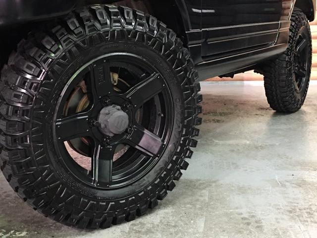 ランドベンチャー 2インチリフトアップ ブラックアウトカスタム ルーフラック BratX02ホイール マキシス新品タイヤ Bratリアウィング パナソニックSDナビ LEDテールランプ シートヒーター FARMマフラー(13枚目)