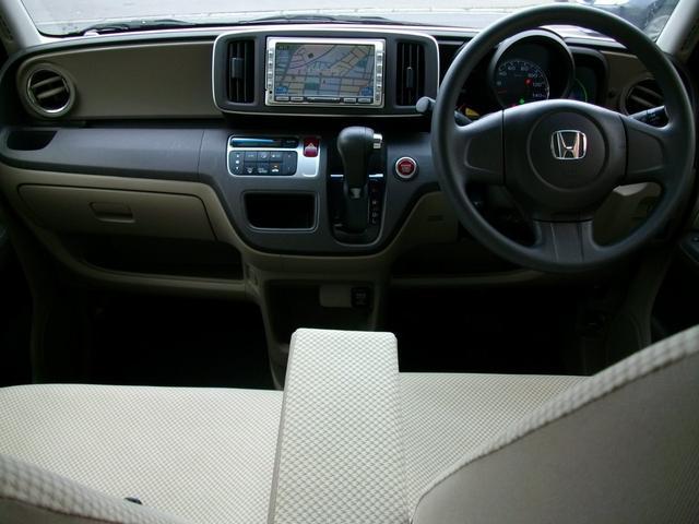 G・Lパッケージ 4WD HID スマートキー(8枚目)