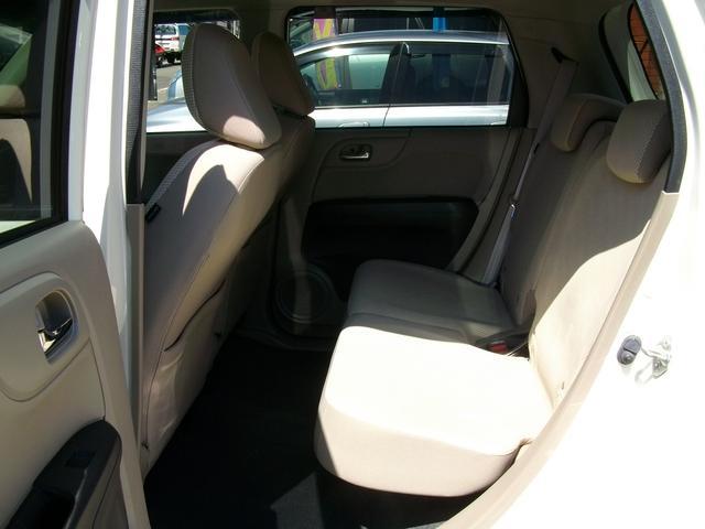 G・Lパッケージ 4WD HID スマートキー(14枚目)