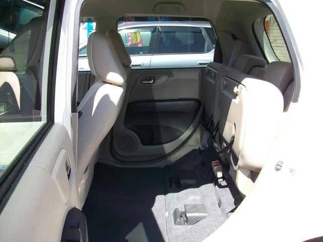 G・Lパッケージ 4WD HID スマートキー(15枚目)